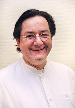 Portrait von Dr Helm